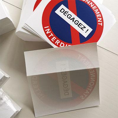 Stickers défense de stationner pour voitures mal garées